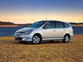 Ver foto 6 de Honda Stream 2004