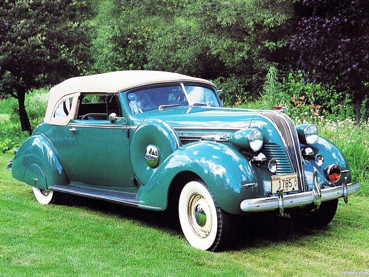 Foto 0 de Hudson Deluxe Eight Convertible Brougham Series 74 1937