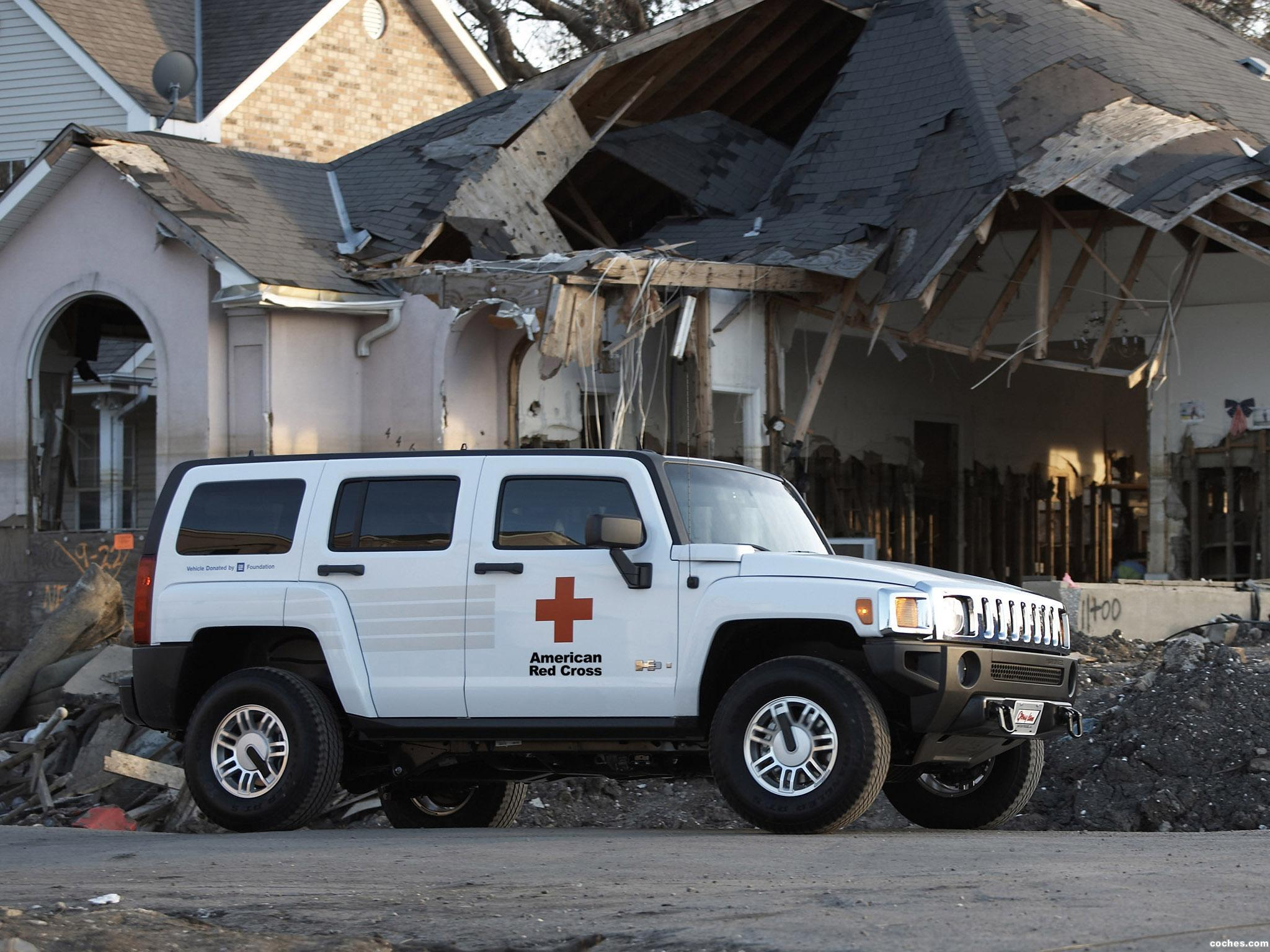 Foto 0 de Hummer H3 AMR American Red Cross 2006