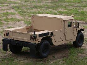 Ver foto 2 de Hummer HMMWV M1152