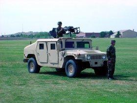 Ver foto 2 de Hummer HMMWV M1165