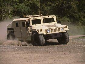 Ver foto 1 de Hummer HMMWV M1165