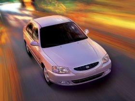 Ver foto 8 de Hyundai Accent 2004