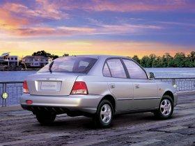 Ver foto 6 de Hyundai Accent 2004