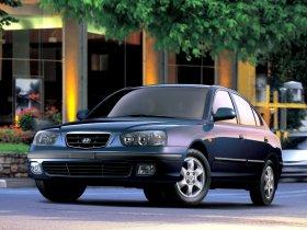 Fotos de Hyundai Elantra 2000