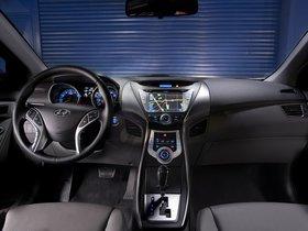 Ver foto 14 de Hyundai Elantra 2011