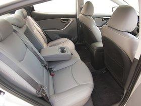 Ver foto 8 de Hyundai Elantra 2011