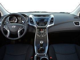 Ver foto 42 de Hyundai Elantra Tecno 2014