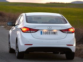 Ver foto 26 de Hyundai Elantra Tecno 2014