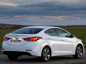 Ver foto 25 de Hyundai Elantra Tecno 2014