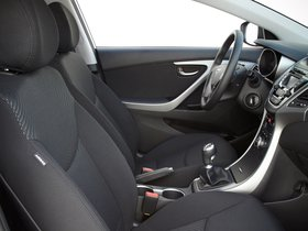 Ver foto 40 de Hyundai Elantra Tecno 2014