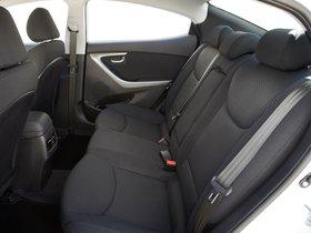 Ver foto 39 de Hyundai Elantra Tecno 2014
