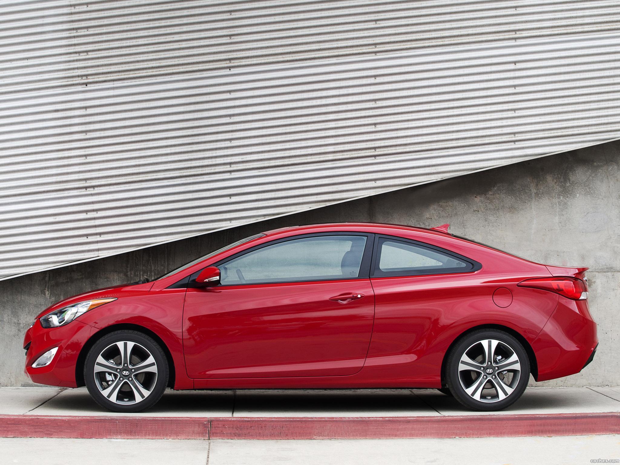 Foto 1 de Hyundai Elantra Coupe USA 2012