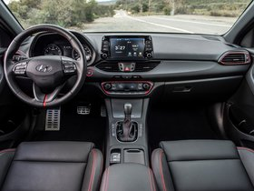 Ver foto 35 de Hyundai Elantra GT Sport 2017