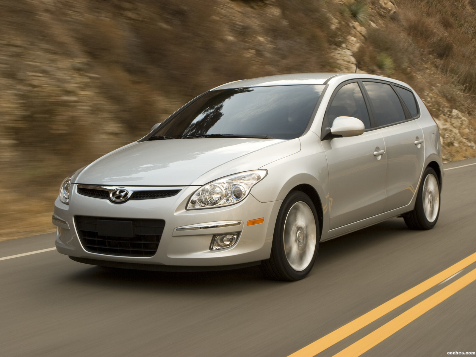 Foto 0 de Hyundai Elantra Touring 2008