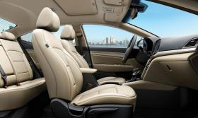 Ver foto 7 de Hyundai Elantra 2016