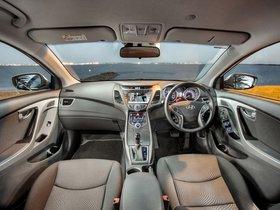 Ver foto 22 de Hyundai Elantra Tecno 2014