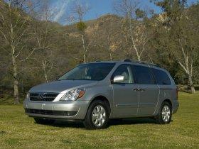 Ver foto 2 de Hyundai Entourage 2007