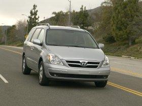 Ver foto 8 de Hyundai Entourage 2007