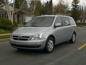 Ver foto 7 de Hyundai Entourage 2007