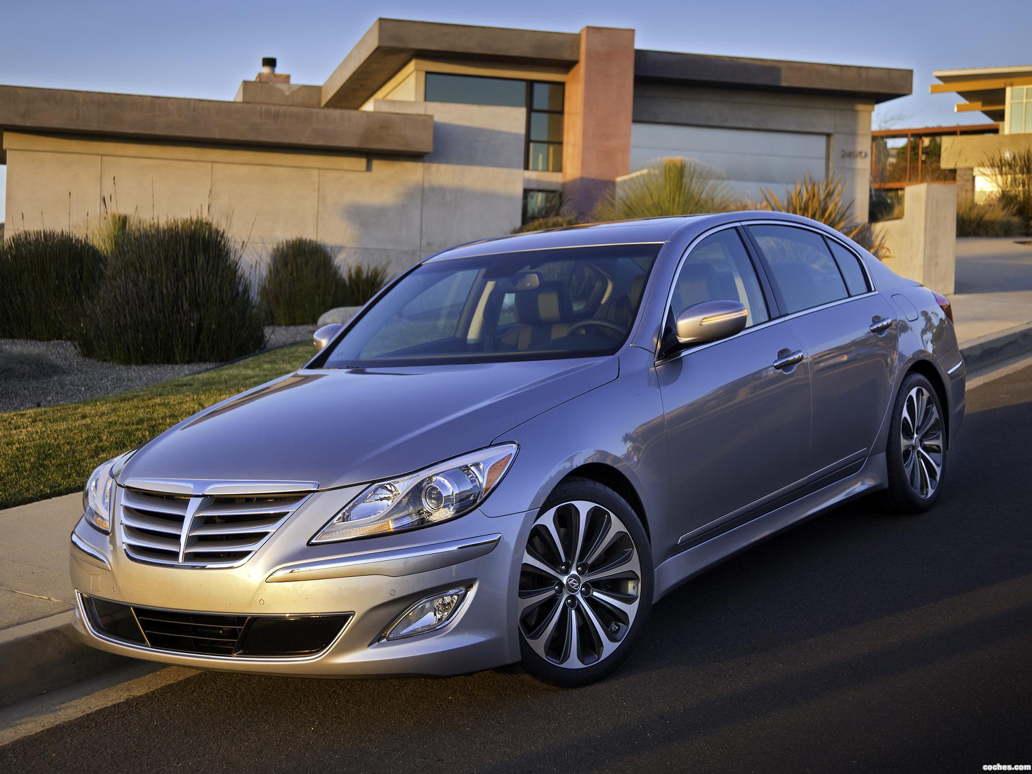 Foto 0 de Hyundai Genesis R-Spec 2010