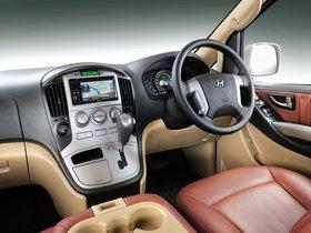 Ver foto 4 de Hyundai Grand Starex Royale 2011