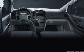 Ver foto 1 de Hyundai H-1 2014