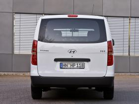 Ver foto 21 de Hyundai H-1 2014