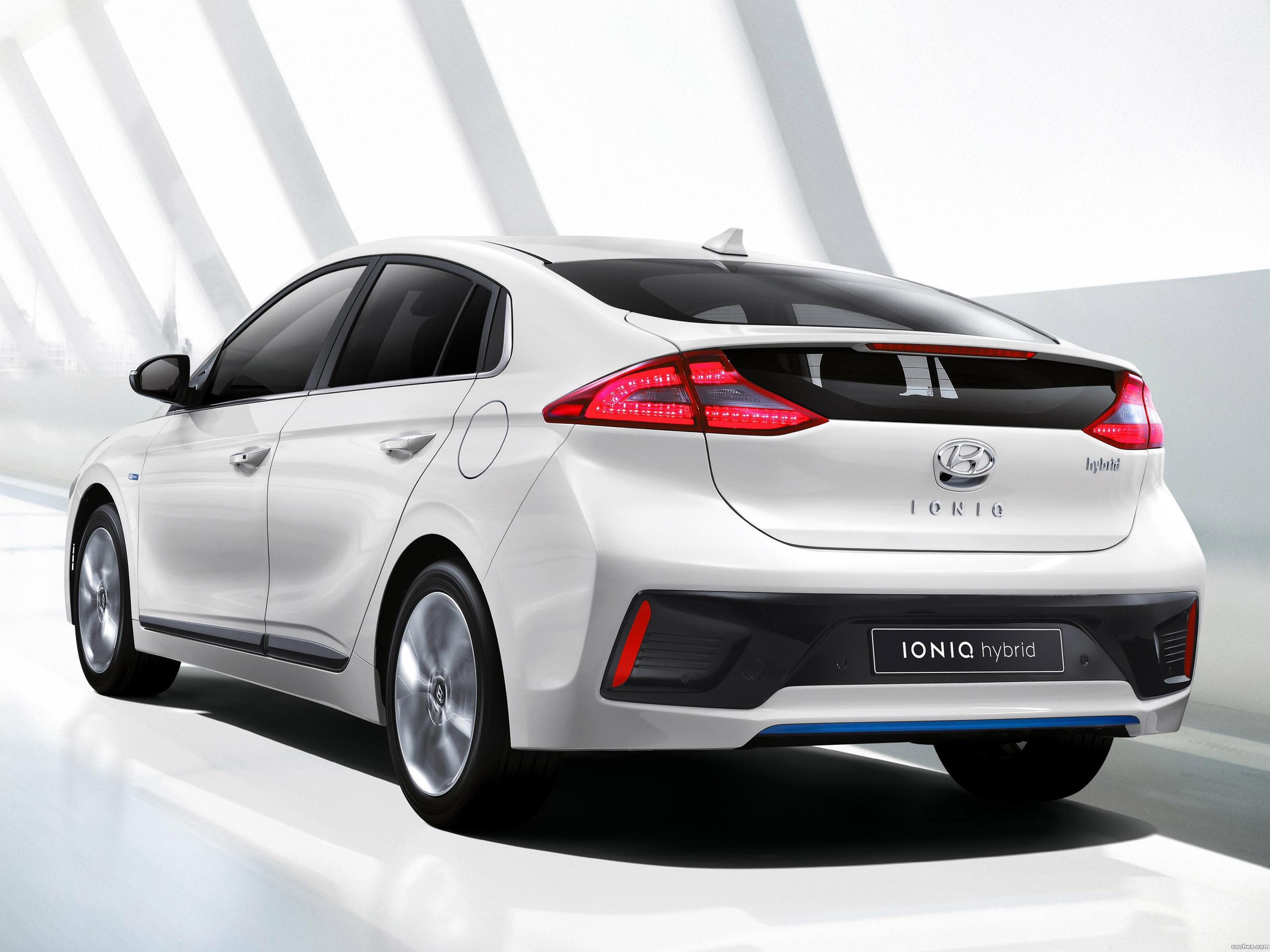 Foto 0 de Hyundai IONIQ Hybrid 2016