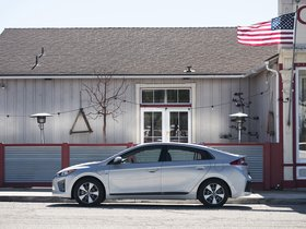 Ver foto 7 de Hyundai Ioniq Plug-in Hybrid USA 2017