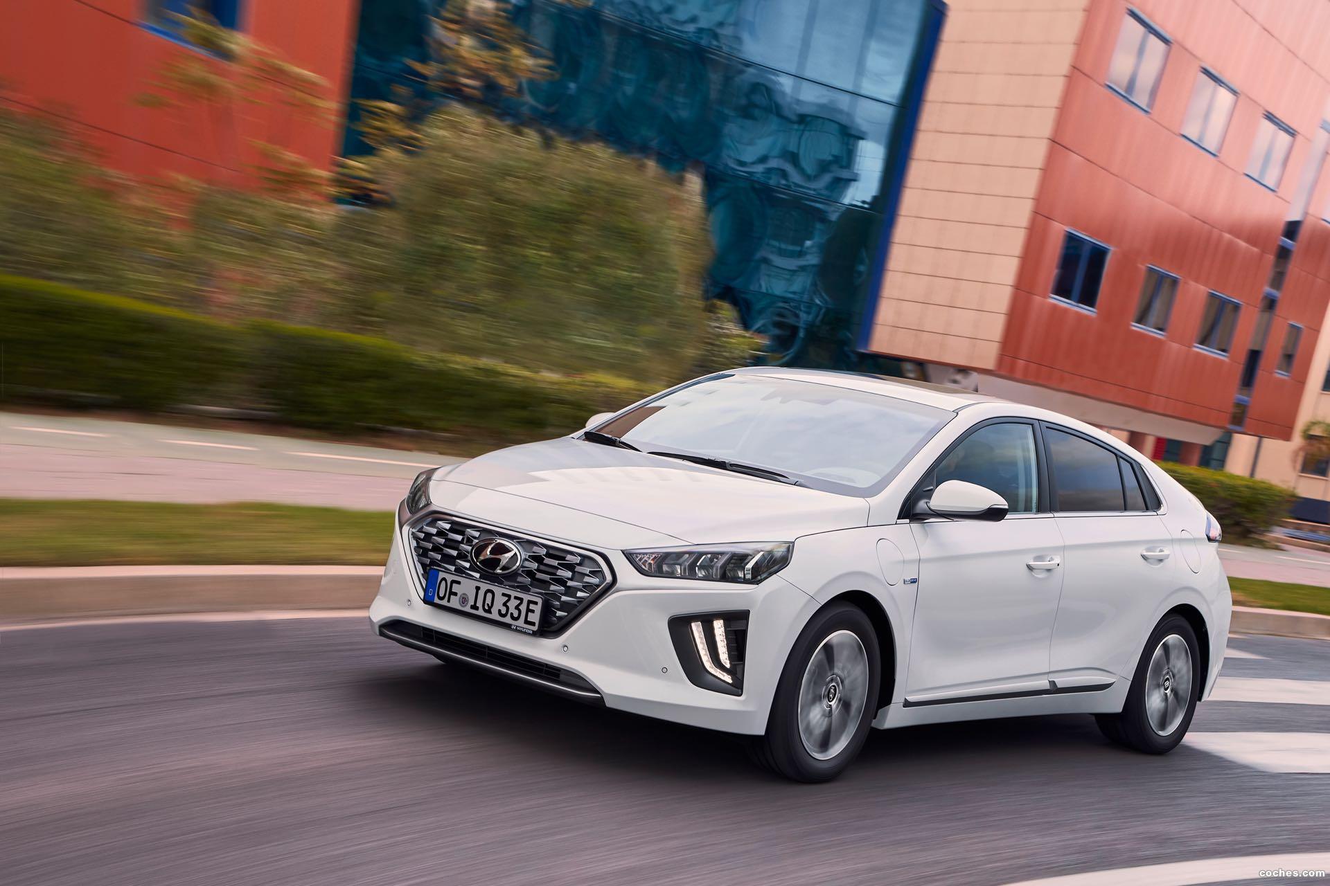 Foto 0 de Hyundai Ioniq plug-in 2019