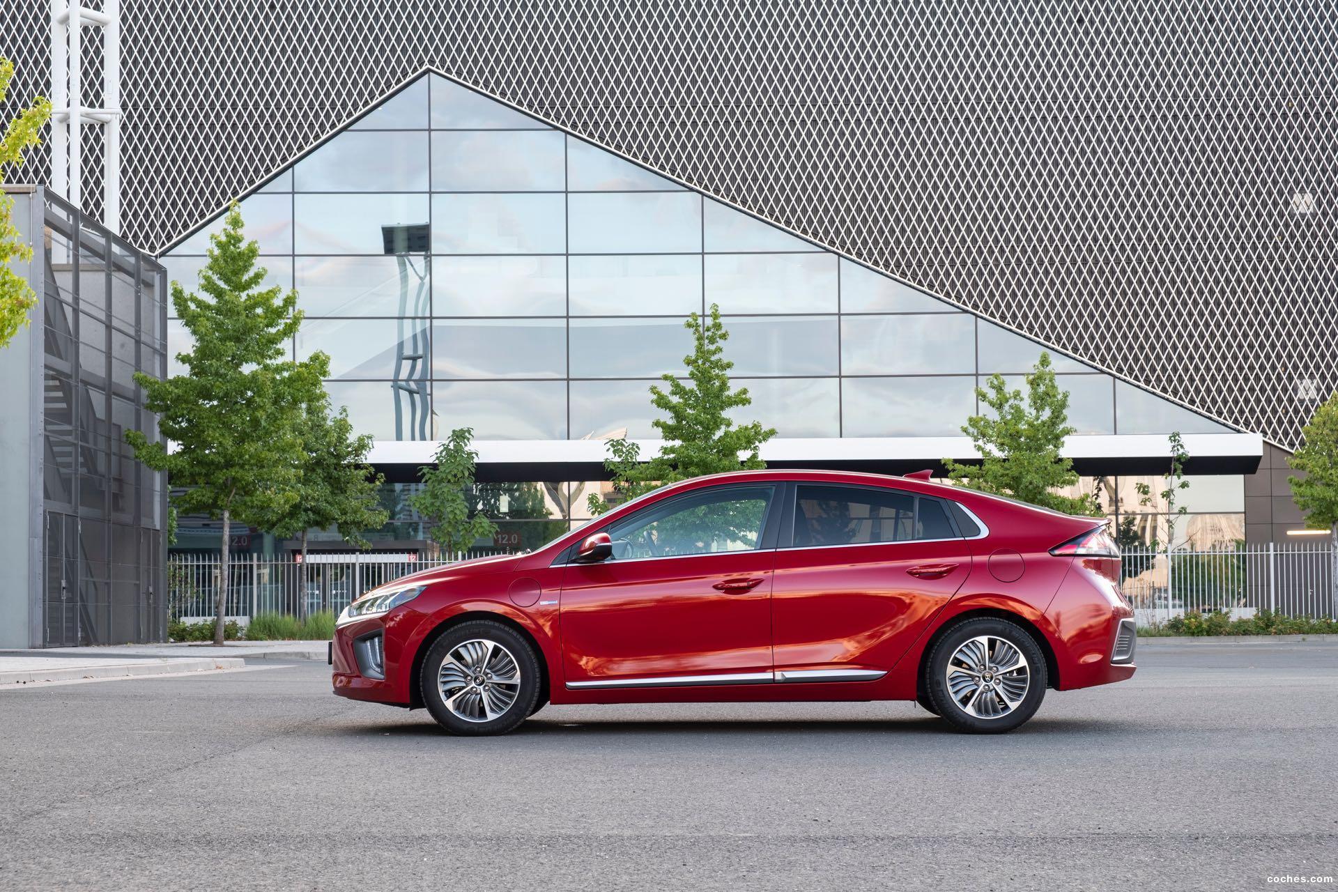 Foto 24 de Hyundai Ioniq plug-in 2019