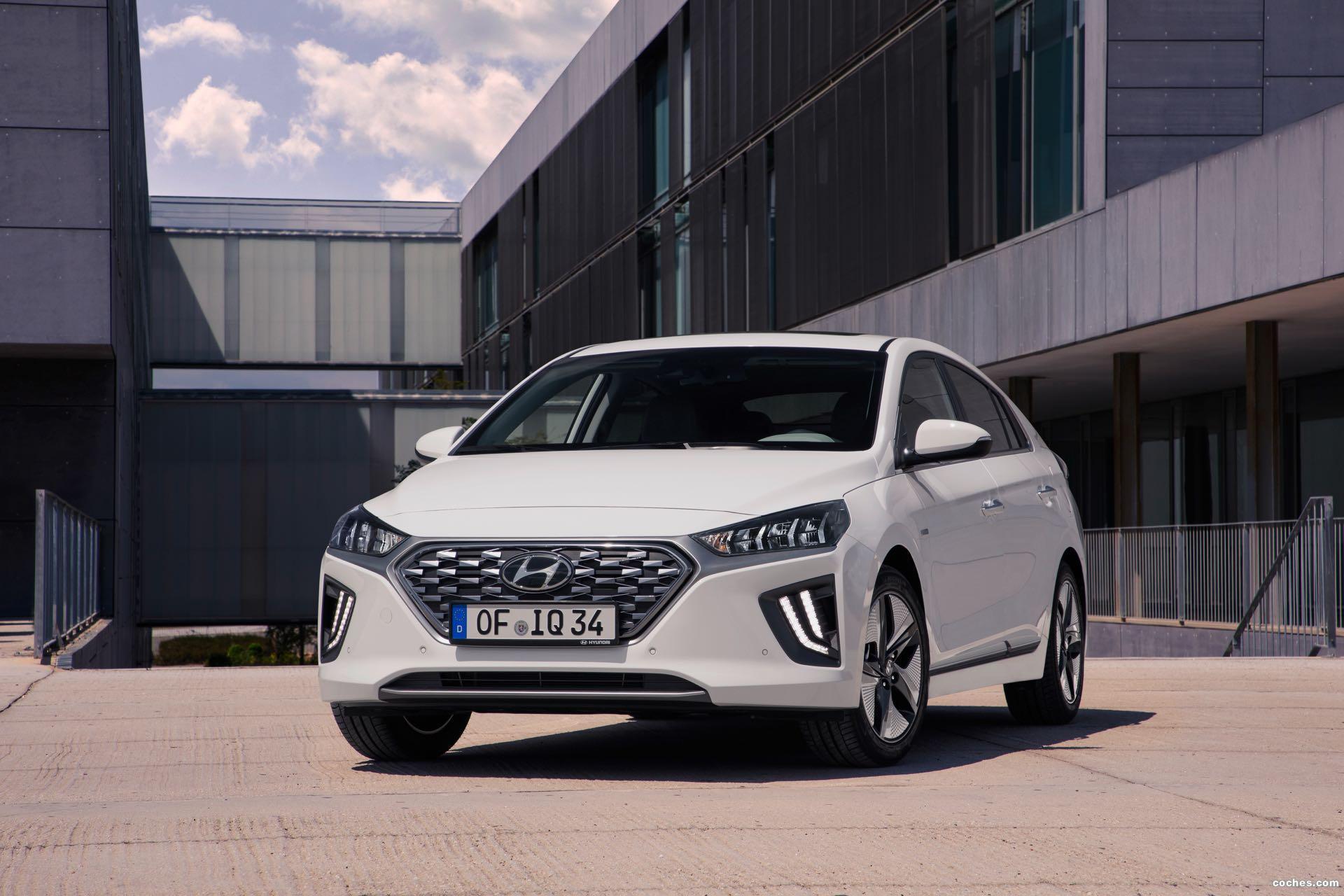 Foto 12 de Hyundai Ioniq Hybrid 2019