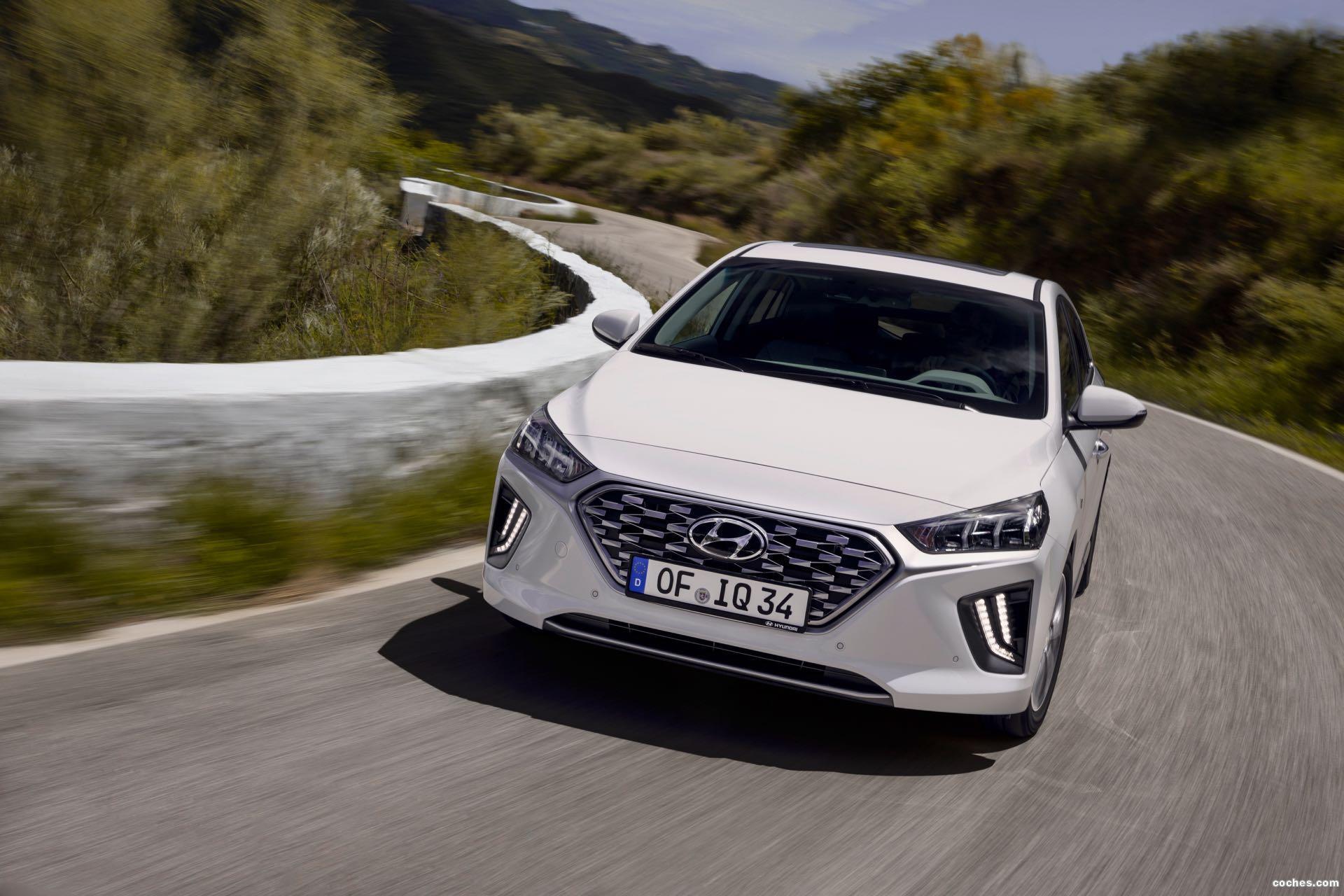Foto 14 de Hyundai Ioniq Hybrid 2019