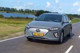Ver foto 18 de Hyundai Ioniq Electric 2020