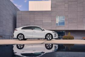 Ver foto 11 de Hyundai Ioniq Hybrid 2019