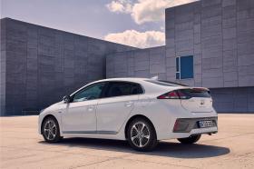 Ver foto 6 de Hyundai Ioniq plug-in 2019