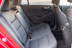 Ver foto 37 de Hyundai Ioniq plug-in 2019