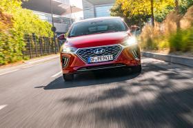 Ver foto 21 de Hyundai Ioniq plug-in 2019