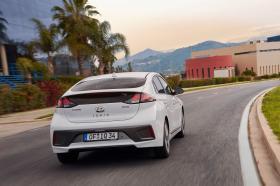 Ver foto 6 de Hyundai Ioniq Hybrid 2019