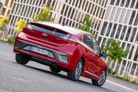 Ver foto 28 de Hyundai Ioniq plug-in 2019