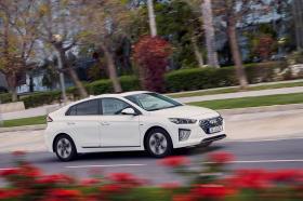 Ver foto 8 de Hyundai Ioniq Hybrid 2019