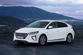 Ver foto 12 de Hyundai Ioniq plug-in 2019