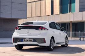 Ver foto 8 de Hyundai Ioniq plug-in 2019