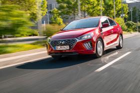 Ver foto 20 de Hyundai Ioniq plug-in 2019