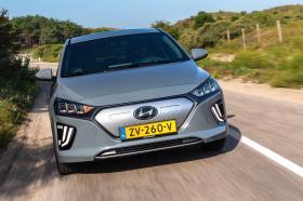 Ver foto 22 de Hyundai Ioniq Electric 2020
