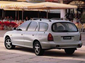 Ver foto 2 de Hyundai Lantra 1995
