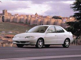 Ver foto 1 de Hyundai Lantra 1995