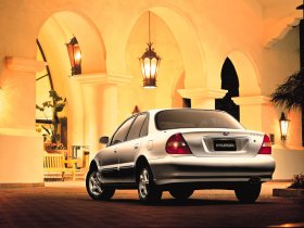 Ver foto 2 de Hyundai Sonata 1996