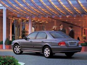 Ver foto 3 de Hyundai Sonata 2001
